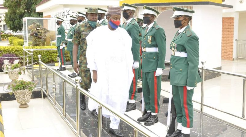 DEFENCE MINISTER MAJ GEN BASHIR SALIHI MAGASHI  ON A TWO-DAY WORKING VISIT TO AFCSC, JAJI.